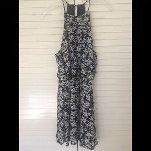 ONE CLOTHING DRESS SIZE SMALL
